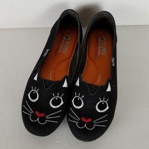 Bobs Black Cat Skechers Size 8 EUC